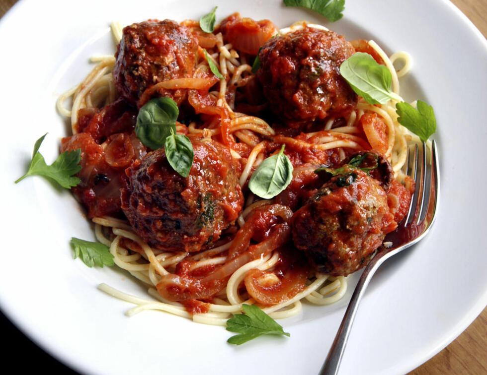 Bella notte:Spagetti med kjøttboller er en udødelig klassiker. Vi kan love at denne utgaven smaker hakket bedre enn hermetikkboksen med á la Capri.