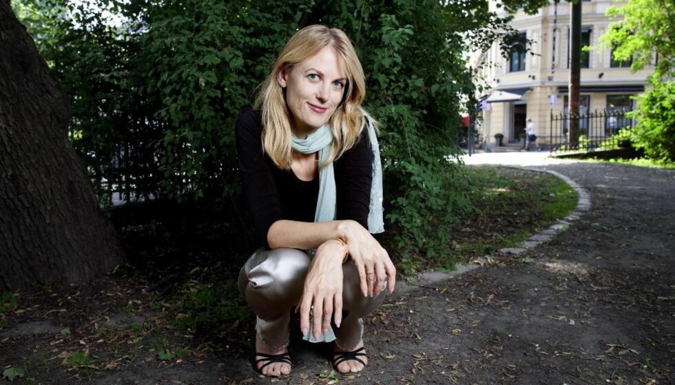 GROVKORNET FEELGOODTHRILLER: I Helene Uris nye roman går fire venninner hardt til verks mot menn som bedrar, begrenser og bruker kvinner. Foto: JOHN T. PEDERSEN/Dagbladet