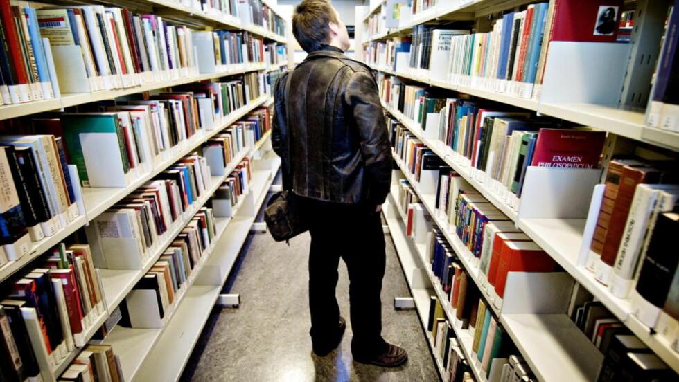 LEIE, IKKE LÅNE: Fremskrittspartiets Ungdom vil privatisere bibliotekene og innføre betalingsordninger for dem som vil ha tilgang til boksamlingene. Foto: John T. Pedersen/Dagbladet