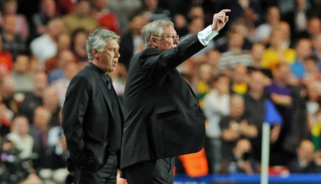 ROS TIL RIVALEN: - Carlo, du er en fantastisk mann, sa United-manager Sir Alex Ferguson om Carlo Ancelotti som stilte på festmiddag med managerkolleger dagen etter at Chelsea ga ham sparken. Foto: Gerry Penny, EPA/Scanpix