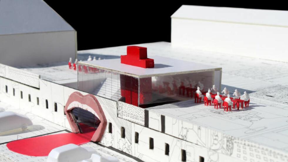 GJENNOM MUNNEN: Pushwagners kunst gjenspeiler seg i modellen av museet hans. Blant annet blir inngangspartiet formet som en gigantisk åpen munn. Foto: CODE ARKITEKTUR