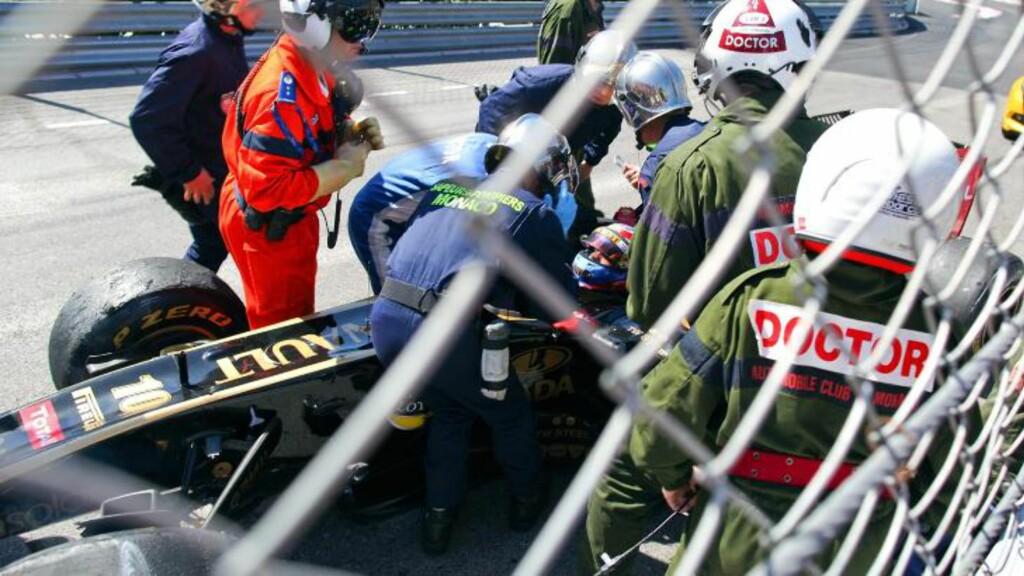 USKADD: Vitalij Petrov skal ha mistet bevisstheten etter å ha havnet i autovernet, men skal ha sluppet fra smellen uten større skader.Foto: SCANPIX/EPA/SRDJAN SUKI