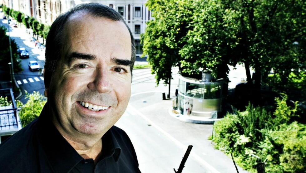 MAGISK BOK: Jan Kjærstad har minnet oss om en klassisk byroman, en bok som kan gi leseren en følelse av å sveve i løse lufta.  Foto: NINA HANSEN/ Dagbladet