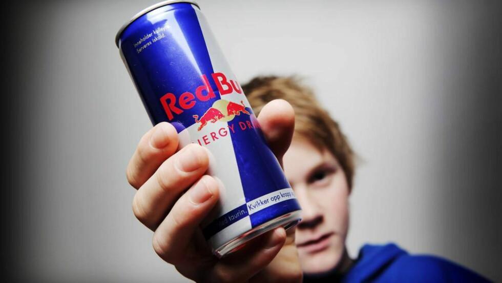 NY FORSKNING: - Barn trenger ikke energidrikker, sier dr. Holly Benjamin, fra American Academy of Pediatrics. Hun er en av forfatterne bak en ny rapport som advarer barn og unge mot Red Bull og andre energidrikker. Foto: Jon Terje Hellgren hansen / Dagbladet