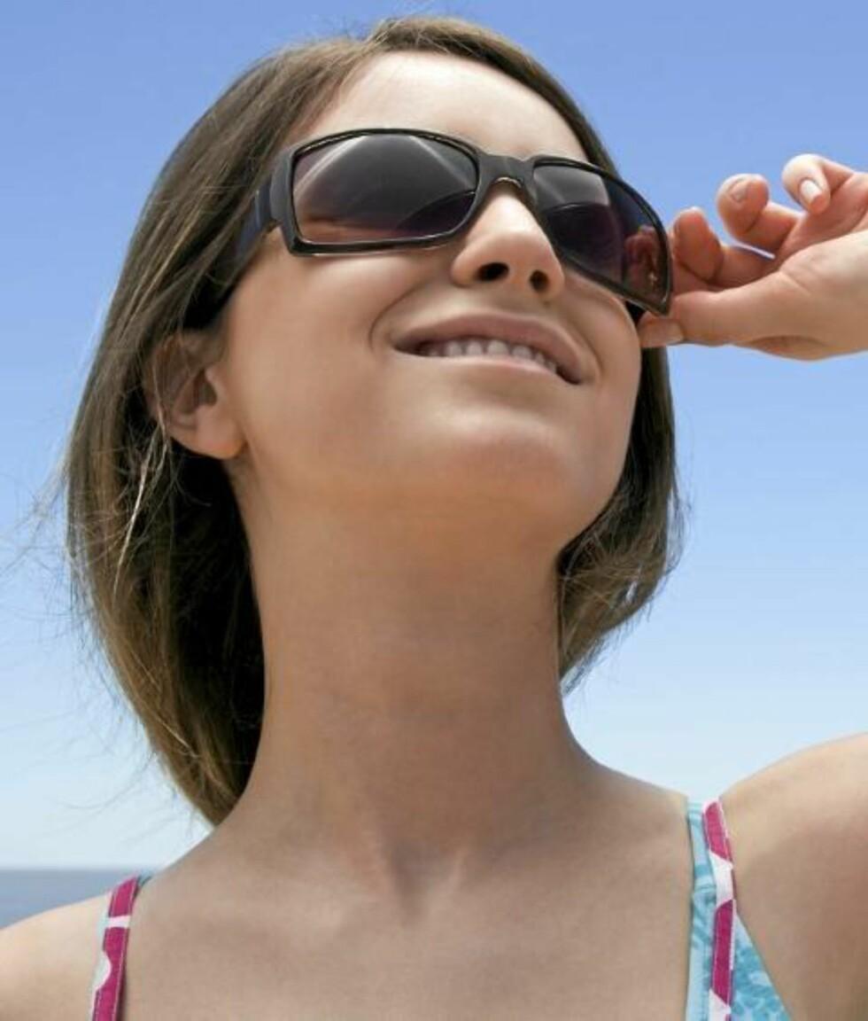 SUNN SOL: - En av grunnene til at vi mangler vitamin D er at nordmenn får for lite sol, mener lege Fedon Lindberg. Illustrasjonsfoto: www.colourbox.com