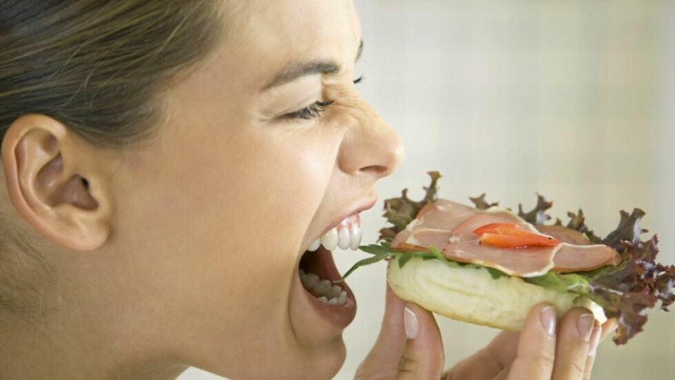VITAMINER: Husk grønnsaker på brødskiva. Det kan redde kostholdet ditt. Illustrasjonsfoto: www.colourbox.com