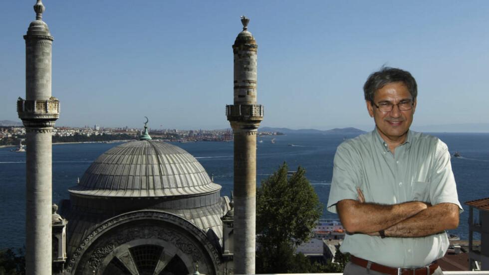 PAMUKS BY: I det nyeste nummeret av det idehistoriske tidsskriftet Arr skriver Orhan Pamuks oversetter Bernt Brendemoen om Pamuks detaljerte beskrivelser av hjembyen Istanbul. Foto: Murad Sezer/Reuters/Scanpix