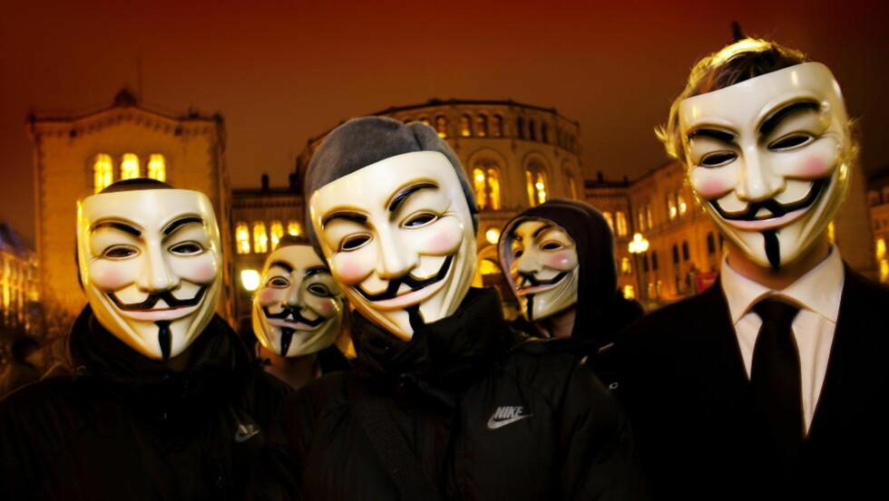 HACKERE: Hacker-gruppa Anonymous har angrepet hjemmesiden til dagligvarekjeden Kiwi, og går til angrep på den norske regjeringen.  Foto: Lars Myhren Holand