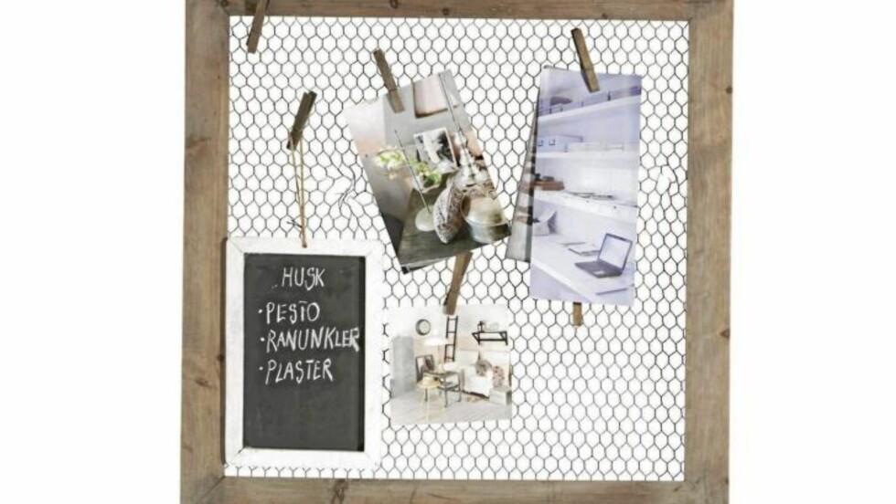 SCRAPBOOK: Lag en personlig scrapbook til veggen med bilder, utklipp og minner. Foto: Produsenten