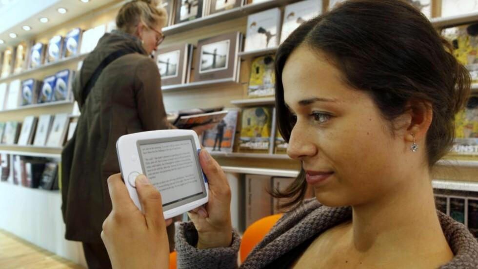 UTFORDRING: Ebøkene skaper mange utfordringer for bokbransjen. Og noen absurde løsninger. Foto: SCANPIX