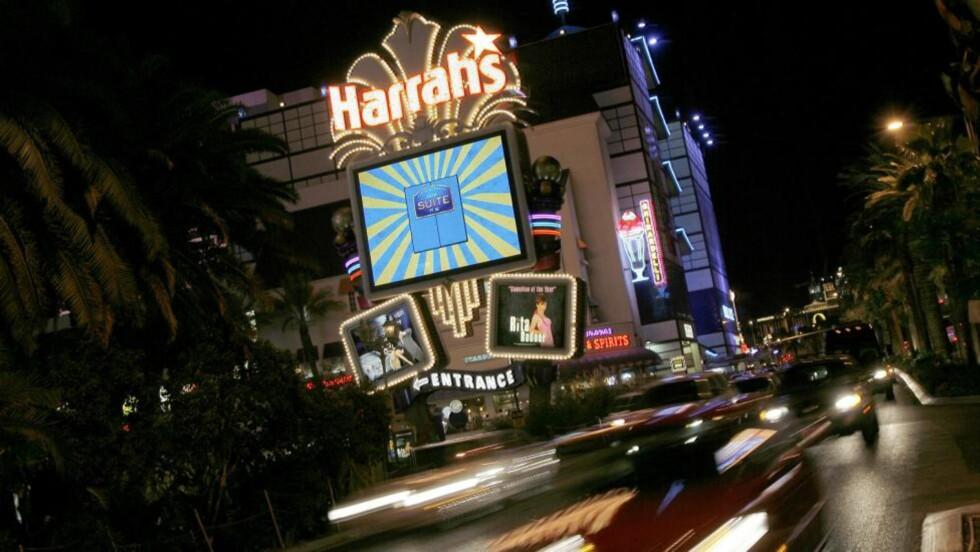 DET SOM SKJER I VEGAS...:... kan noen ganger havne i innboksen i form av pikante bilder. Politiet er nå koblet inn etter at en Premier League-spiller i London mottok en utpressingmail etter sommerferien i Las Vegas. Foto:   (AP Photo/Jae C. Hong, file)