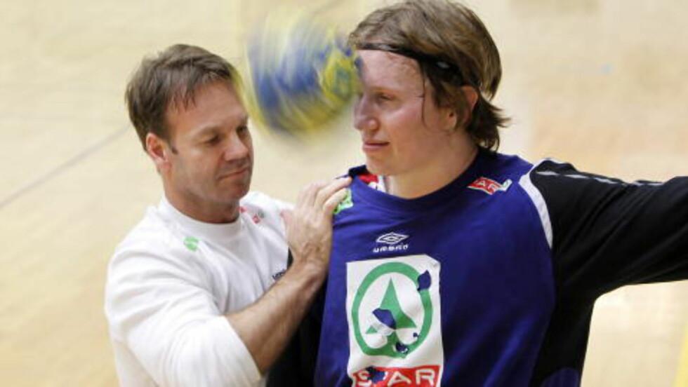 <strong>FLAKS:</strong> Frank Løke, som ennå ikke har spilt i VM - på grunn av fotskaden, mener det er på tide med litt norsk flaks. Foto: HÅKON MOSVOLD LARSEN/SCANPIX