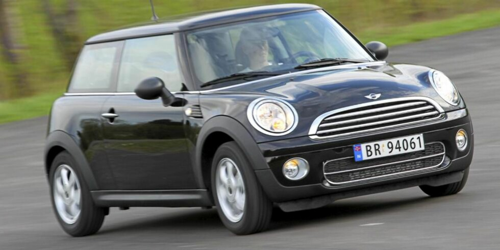 """MINIMALT: Navnet """"Mini"""" beskriver både størrelsen og drivstofforbruket til One D. 0,40 l/mil gjorde den til den gjerrigste bilen vi testet i 2010. FOTO: Terje Bjørnsen"""