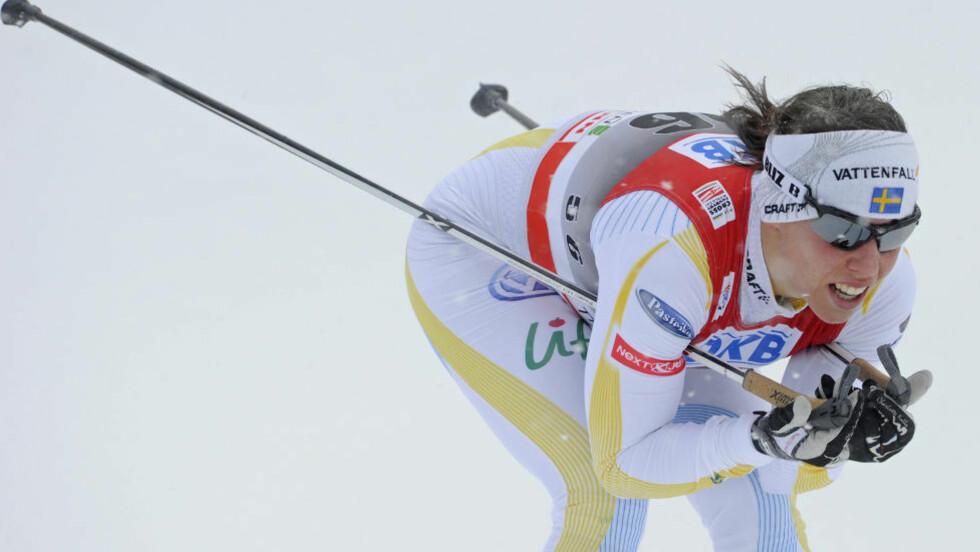 TRENGER EN PAUSE: Charlotte Kalla velger å ikke delta i helgas verdenscupstevne i Otepää.Foto: SCANPIX/AP/Jens Meyer