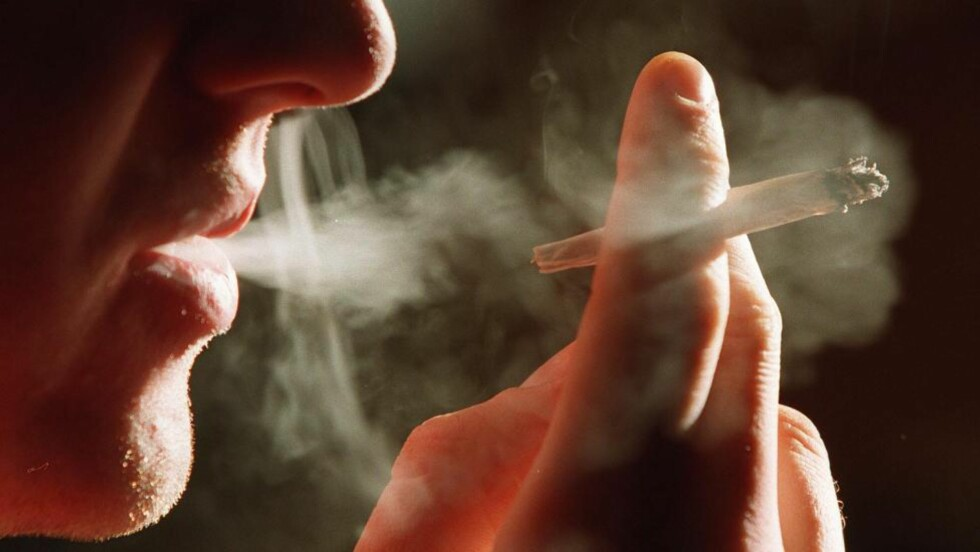 2100 DØR:  I Norge dør 2100 personer av lungekreft. Hovedårsaken til lungekreft tilskrives røyking. Illustrasjonsbilde: Jon Eeg / Scanpix