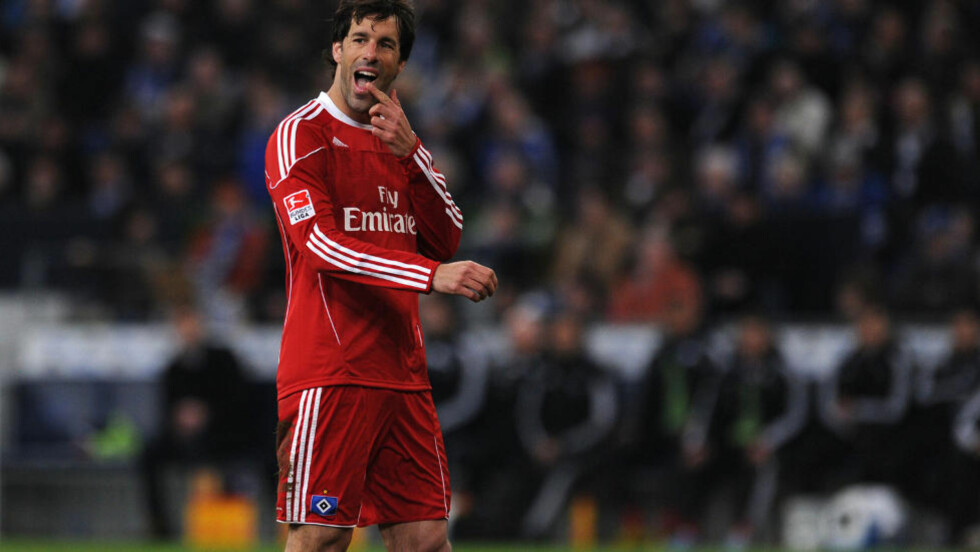 MISFORNØYD: Ruud van Nistelrooy er lysten på en retur til Real Madrid.Foto: SCANPIX/AFP/PATRIK STOLLARZ