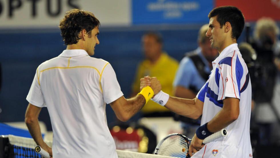 FOR STERK: Roger Federer klarte ikke å forsvare Grand Slam-tittelen, og er ute etter tap for Novak Djokovic i semifinalen.Foto: SCANPIX/AFP / NICOLAS ASFOURI