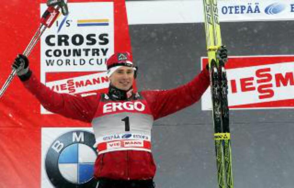 SYK: Ola Vigen Hattestad står over i dag, det samme gjelder Petter Northug. Begge har allerede fått VM-plass på sprinten. Foto: EPA/VALDA KALNINA