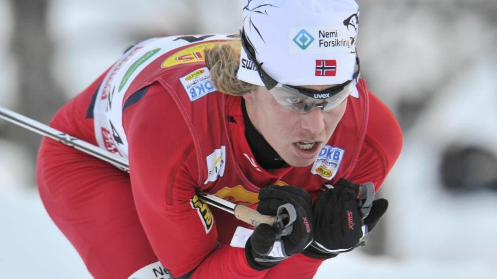 <strong>NORGESMESTER:</strong> Mikko Kokslien forsvarte som ventet ledelsen etter hopprennet og tok en suverent NM-gull i kombinert.Foto: SCANPIX/AP Photo/Kerstin Joensson