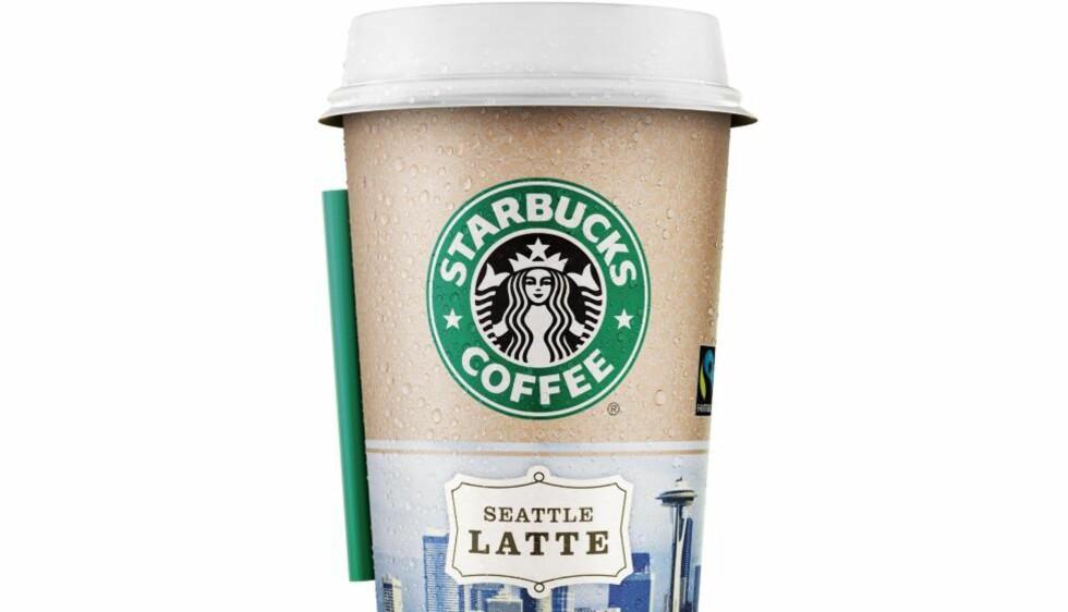 I NORSKE BUTIKKER: Nå trenger ikke nordmenn til utlandet for å kjøpe Starbucks. Et nytt produkt blir i dag lansert i Norges butikker og kiosker. Foto: NTB.