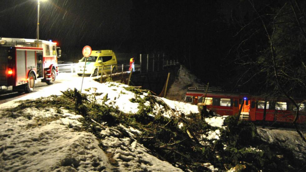 PÅKJØRT: En mann omkom etter å ha blitt påkjørt av toget mellom Askim og Mysen.  Foto: Glenn Thomas Nilsen / Scanpix