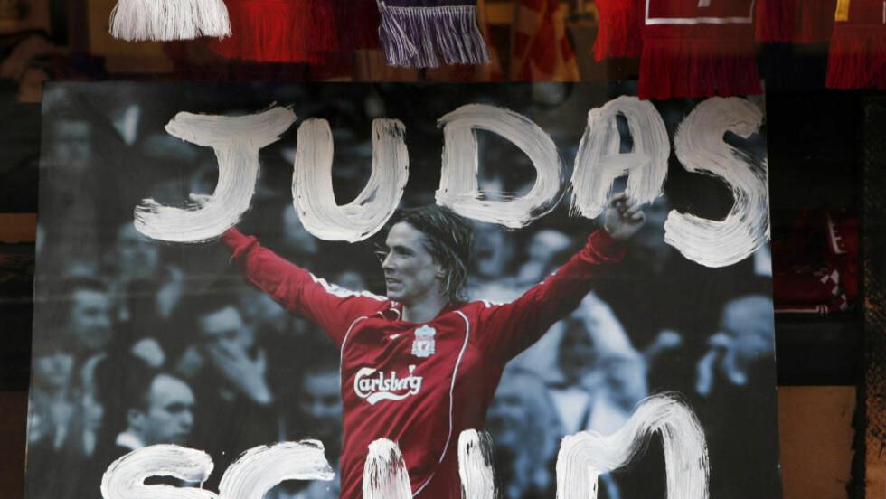 FORHATT: Fernando Torres var gullgutten til Liverpool-fansen, helt til Spania-spissen ba om å bli solgt til Chelsea. Foto: REUTERS/Phil Noble