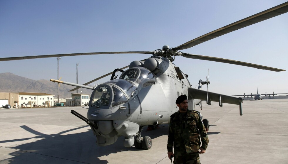 BOMBET FEIL: Det var helikoptre fra det afghanske flyvåpenet som slapp bomber over feil mål. I januar fikk flyvåpenet fire russiske kamphelikoptre av typen Mi-25 fra India. Foto: EPA/JAWAD JALALI/NTB Scanpix