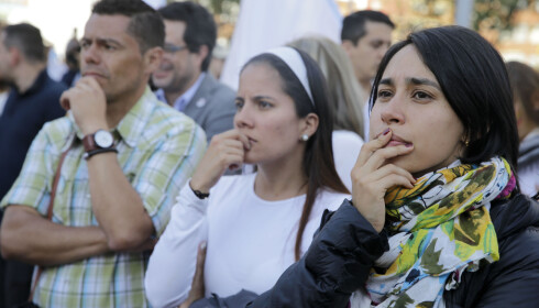 DELT BOGATA: Noen sørget da valgresultatet ble kjent... AP Photo/Ricardo Mazalan
