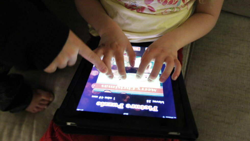 APPER FOR BARN: Barnebøker fungerer svært godt som app, det vil si nedlastbar applikasjon til lesebrett og mobiltelefon. Spørsmålet er om alt som kalles bøker i Appstore egentlig er litteratur.   Foto: Lise Åserud / Scanpix