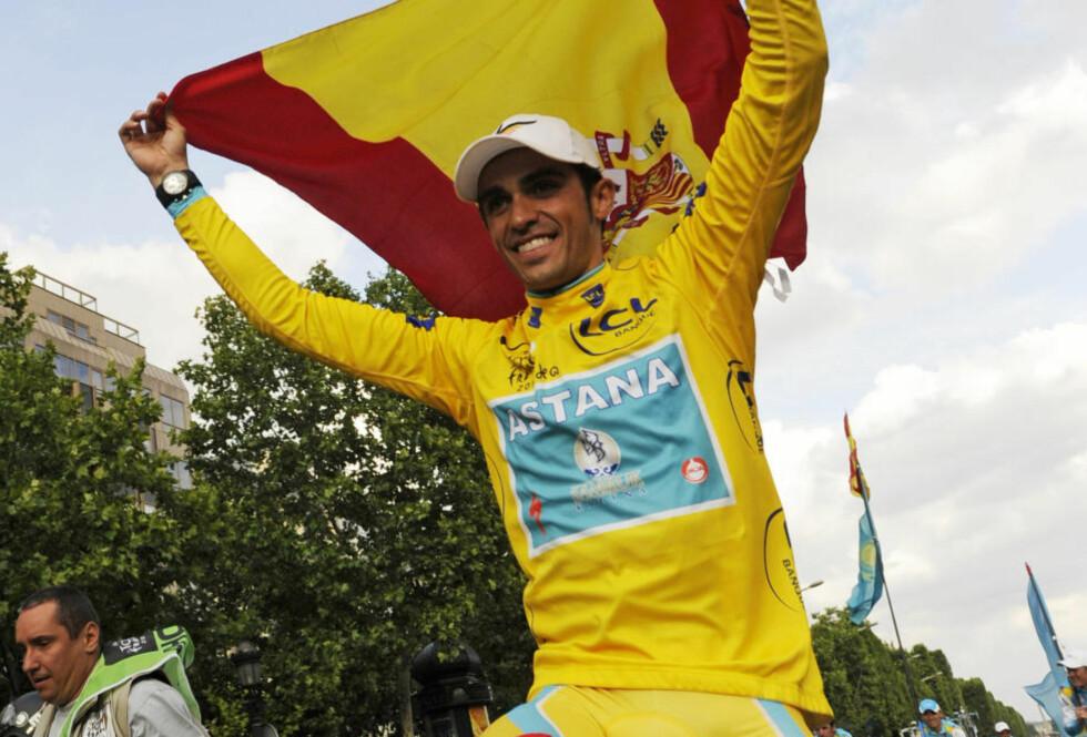 SEIERHERREN: Da Alberto Contador syklet inn til sin Tour-seier 25. juli hadde han allerede avlagt flere positive prøver. Foto: REUTERS/Gonzalo Fuentes