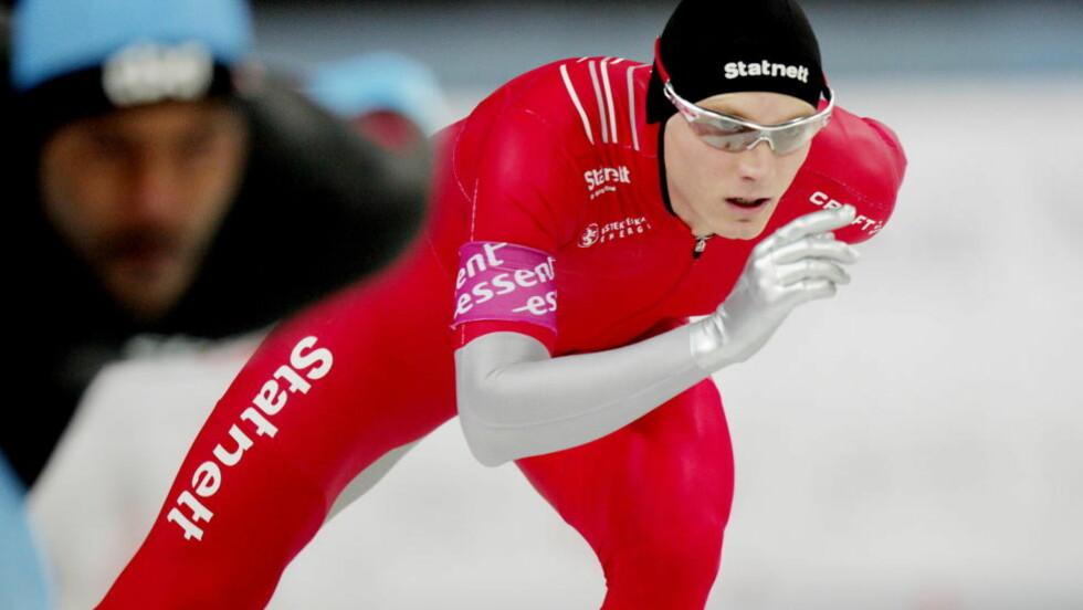 VM I AMERIKA: Håvard Bøkko (t.h) blir verdensmester dersom han slår Skobrev, tror treneren. Her under verdenscupen på Hamar. Foto: Stian Lysberg Solum / SCANPIX