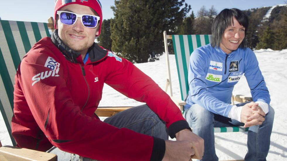TRENINGSLEIR: Skiløper Petter Northug og Marit Bjørgen koste seg i solen i italienske Seiser Alm i går. På kvelden dukket dopingjegerne opp. Foto: Heiko Junge / Scanpix