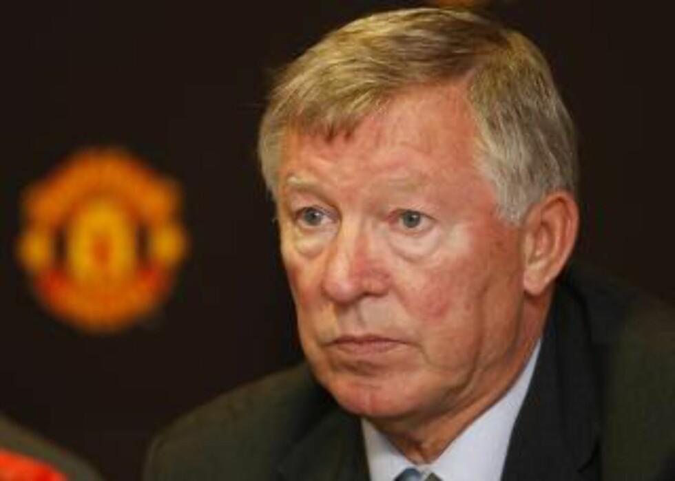 KLARER SEG BRA: Alex Ferguson er sikker på at Smalling vil håndtere City-spissene på en god måte. Foto: AP/Tim Hales
