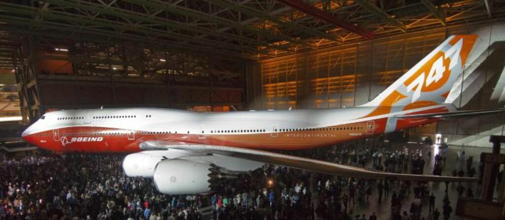 BEDRE PLASS: 747-8 Intercontinental har med sine 467 seter, plass til  51 flere passasjerer en den forrige utgaven av 747, melder selskapet. Foto: EPA/BOEING/SCANPIX