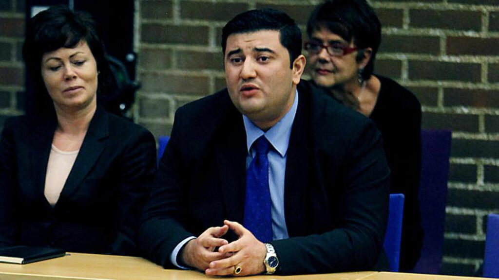 BEKYMRET:  Frp-politikeren Mazyar Keshvari er blitt bekymret etter å ha lest om forholdene ved to islamske skoler i England.  Foto: Jacques Hvistendahl / Dagbladet