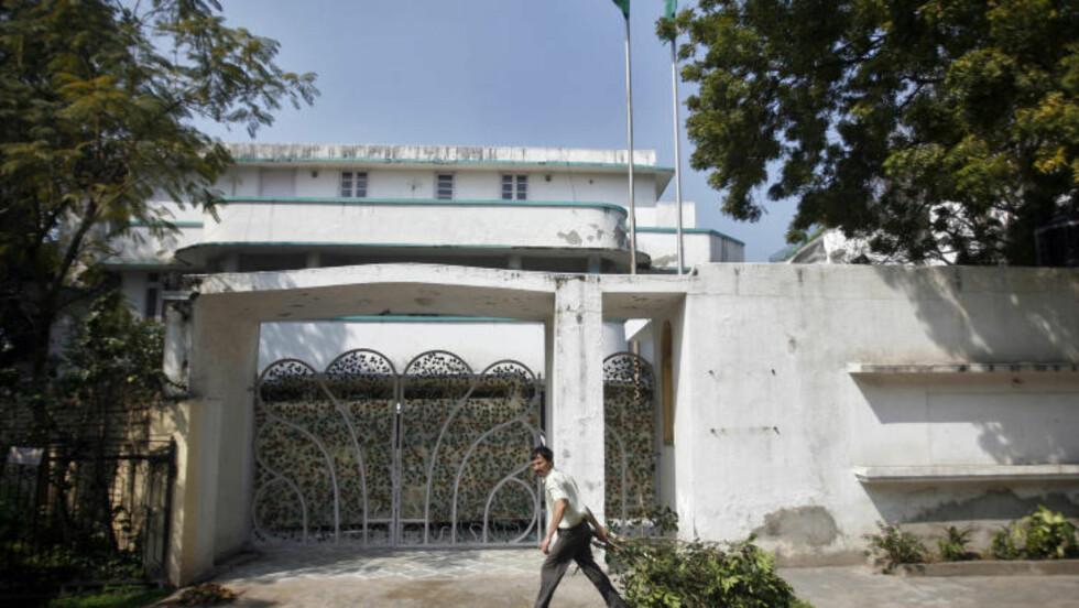 TRAKK SEG: Libyas ambassadør til India, som bodde i dette huset i New Delhi. Foto: Reuters/Parivartan Sharma/Scanpix