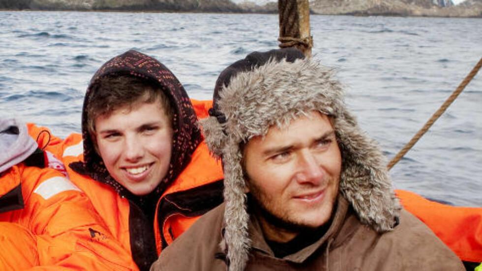PÅ LAND: Jarle Andøy og Samuel Massi fra Berserk er på land på Sydpolen. Foto: Agnete Brun / Dagbladet