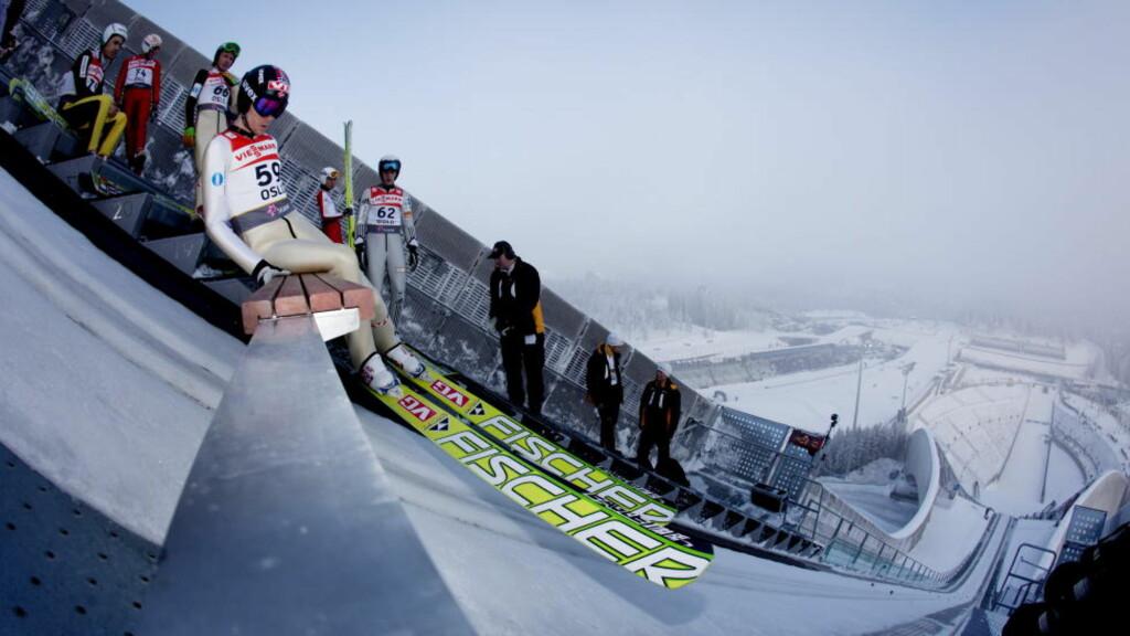 FÅR IKKE HOPPE: Bjørn Einar Romøren får ikke mulighet til å ta et individuelt gull på sin hjemmearene Holmenkollen. Foto: Kyrre Lien / Scanpix