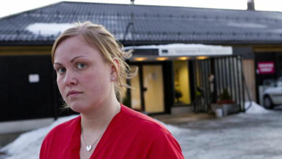 FERDIG MED ADECCO: Johanna Backström fra Gøteborg ble innlosjert av Adecco på sykehjemmet i Klæbu og jobber 60-70 timer i uka. Nå vil hun aldri jobbe for Adecco igjen. Foto: Ole Morten Melgård