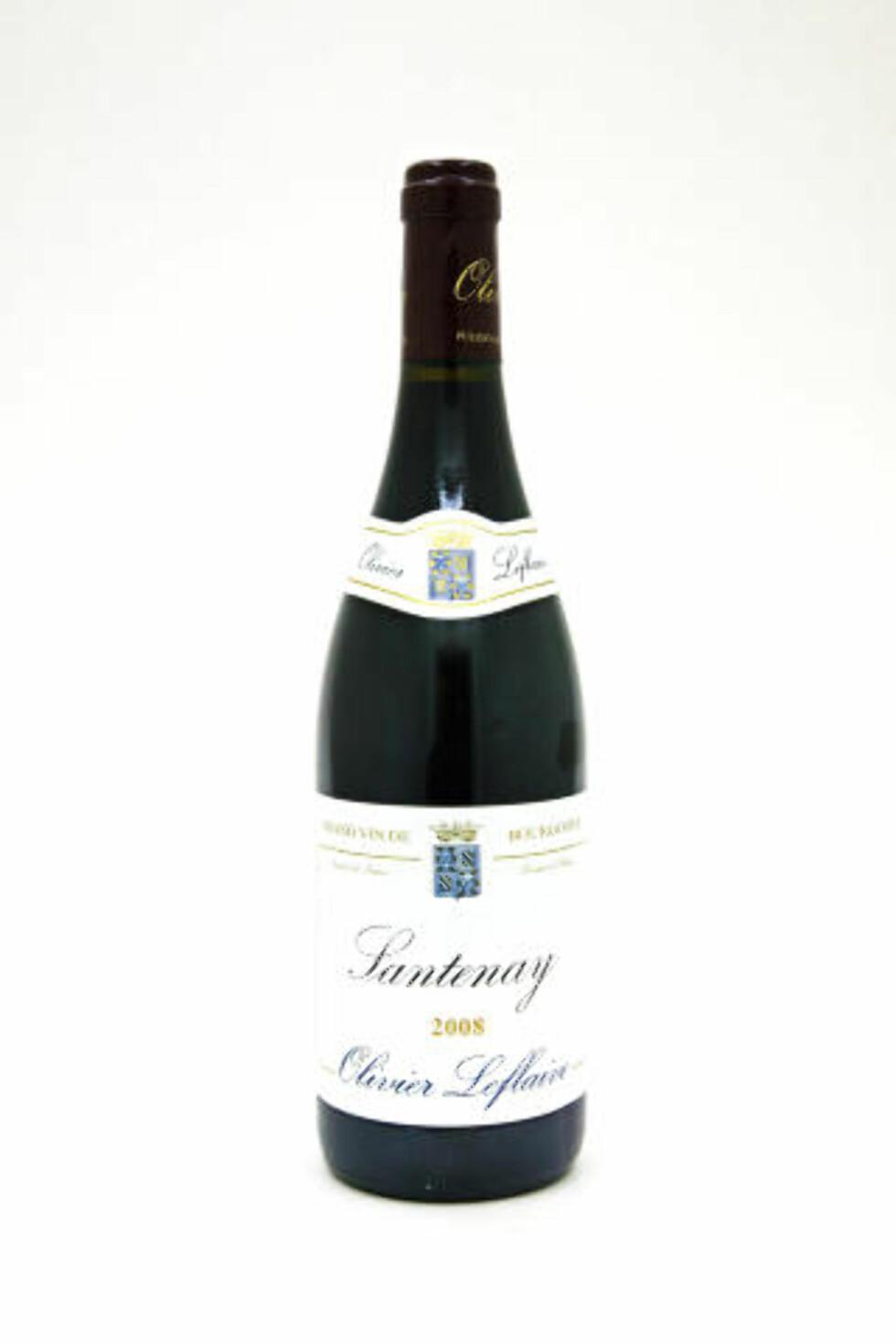 RIK OG TETT: Olivier Leflaive Santenay 2008, rødvin fra Santenay, helt sør i Côte d'Or.