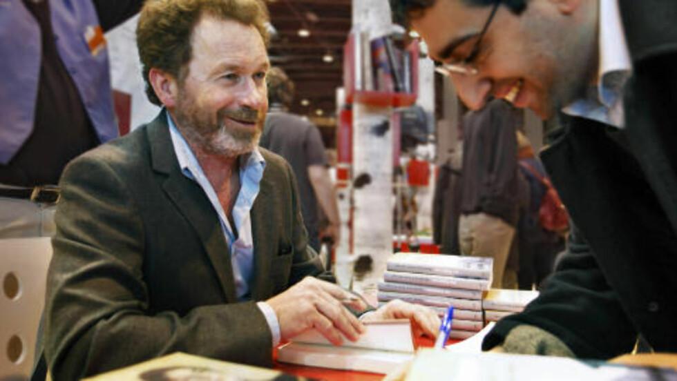 FAN: Per Petterson er fantastisk. Det var en ære å treffe ham, sier Claude Schwarz. Foto: Nikolai Jakobsen