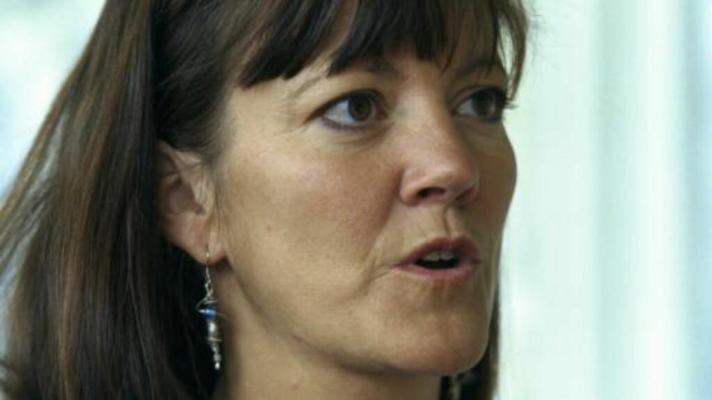MÅ VÆRE ÅPEN OG ÆRLIG:  Elizabeth Hartmann sier Frps håndtering av saken gjør at det nå ligger åpent for spekulasjoner.