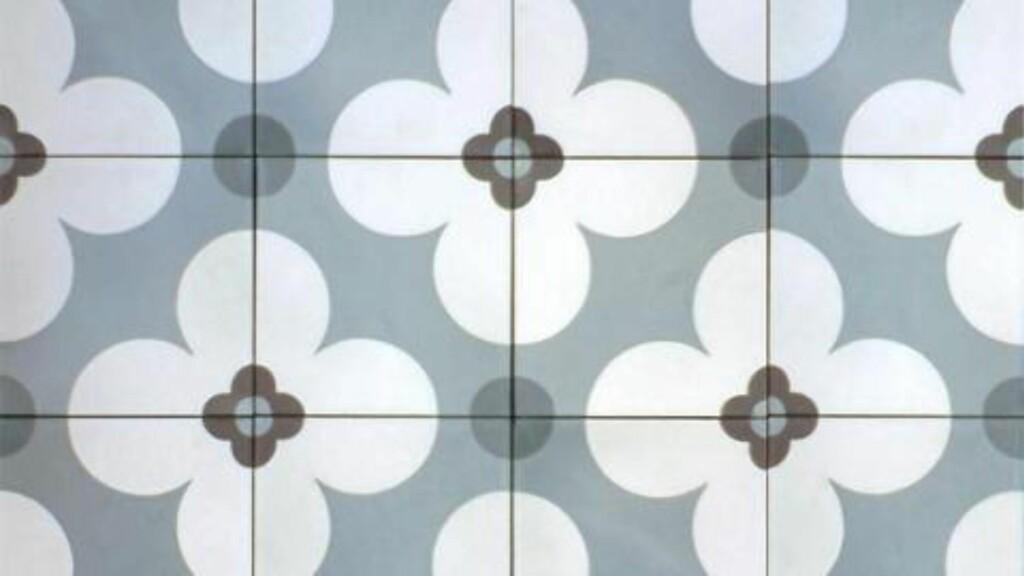 HISTORISK DESIGN: Historiske fliser selger fliser med mønstre og design med nostalgisk vri. FOTO: Sturla Bakken