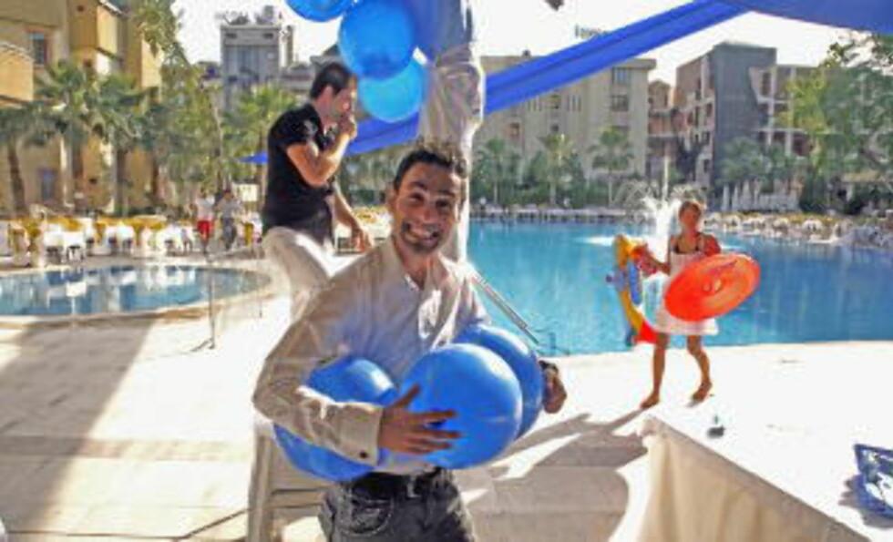 GØY I LANDET: Smilet sitter løst i Tyrkia der turistnæringen vokser med rekordfart.