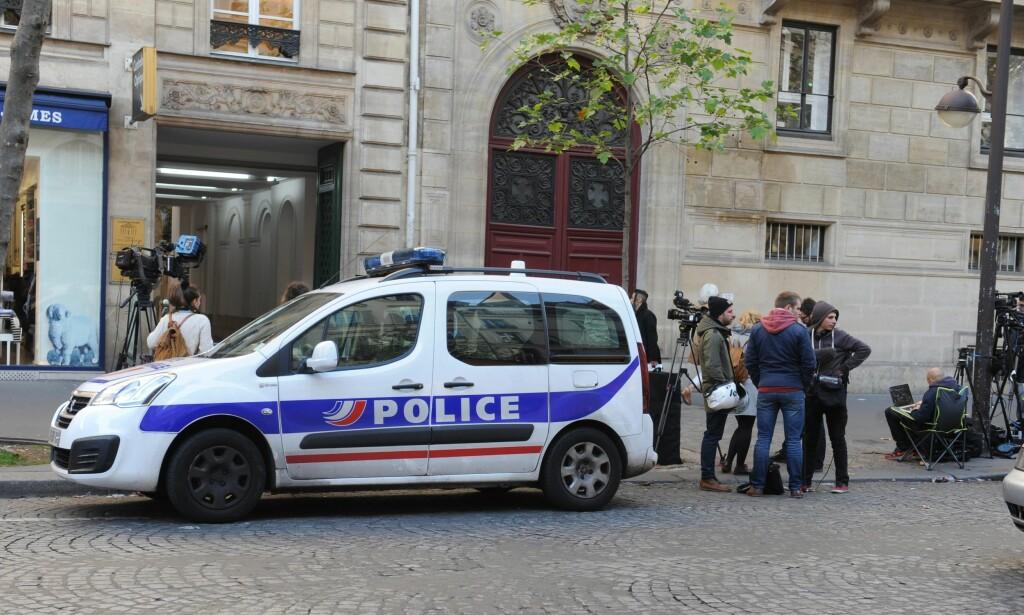 ÅSTEDET: Kim Kardashian skal ha oppholdt seg i denne bygningen i Paris da hun ble robbet av flere maskerte og bevæpnede gjerningspersoner natt til mandag norsk tid. Foto: XPOSUREPHOTOS.COM/ NTB Scanpix