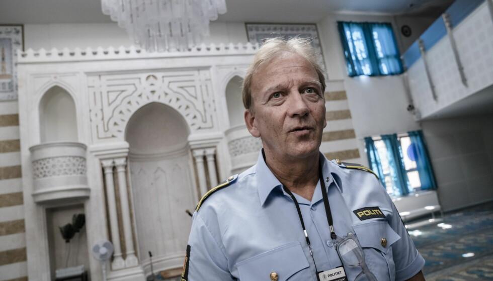 DIALOGANSVARLIG: I over ti år har han vært moskékontakt, og jobber blant annet for å holde ungdommer i moskeene. Foto: Øistein Norum Monsen / Dagbladet