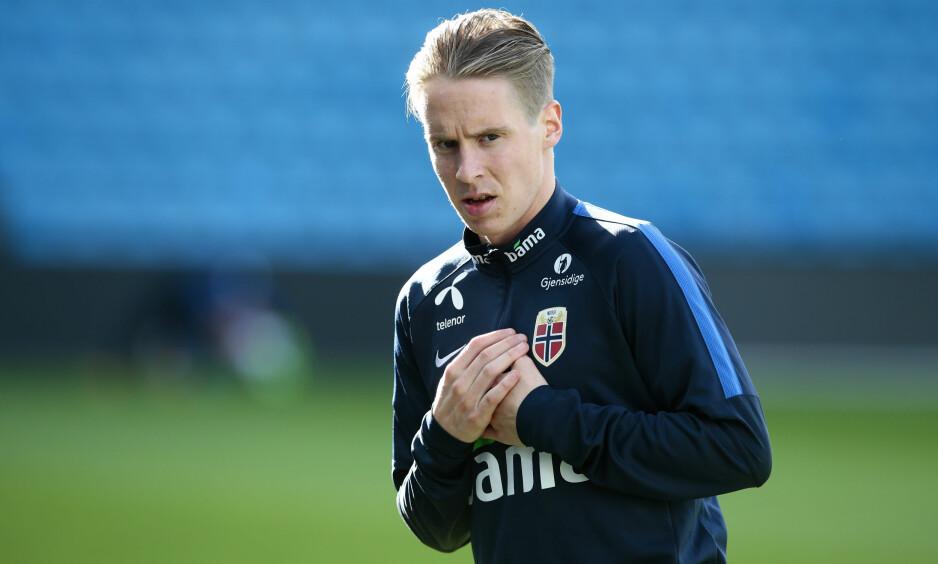 PÅ PLASS I NORGE: Stefan Johansen meldte overgang fra Celtic til Fulham tidligere i høst. Han har fått en tøff start. Foto: Håkon Mosvold Larsen / NTB scanpix