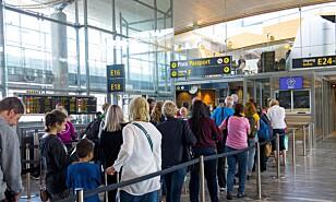 PÅ FLYTOPPEN: Det er svært god sammenheng mellom pris og inntekt og antall flyreiser, mener kronikkforfatteren.