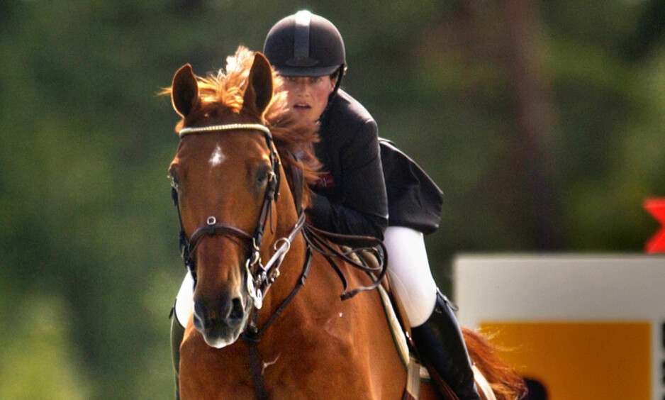 Oslo 20030817 Prinsesse Märtha Louise deltok i søndagens finaler i NM-Lag sprang i Holmenkollen. Her til hest. Foto: Arash A. Nejad / SCANPIX