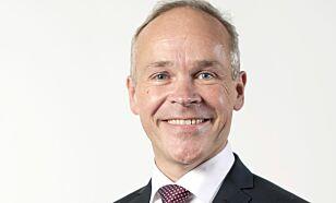 SVARER: Jan Tore Sanner, kommunal- og moderniseringsminister.